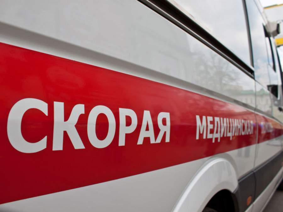 В Саратове двое пьяных мужчин избили женщину-фельдшера