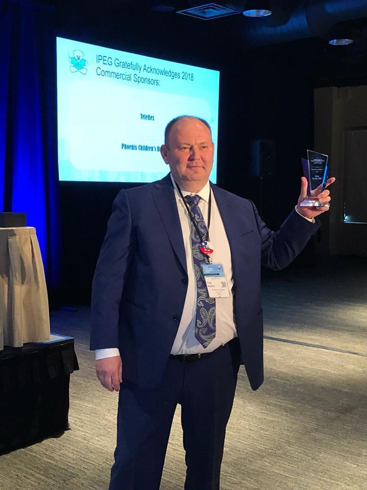 Врача из Иркутска Юрия Козлова признали лучшим на конгрессе по детской эндохирургии в США