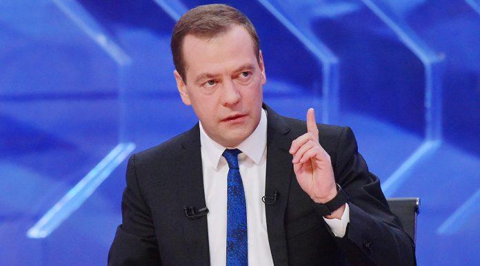 Медведев увидел прорыв в российской высокотехнологической медпомощи
