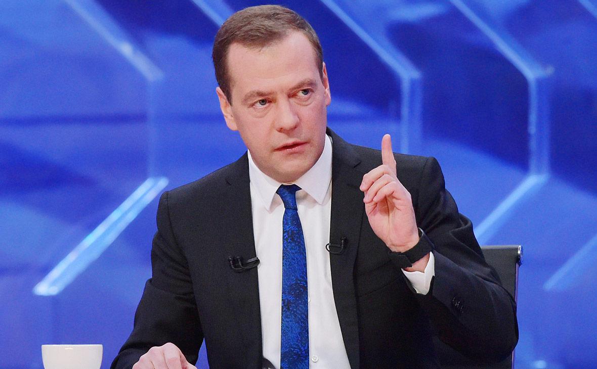 Медведев увидел прорыв в российской высокотехнологичной медпомощи