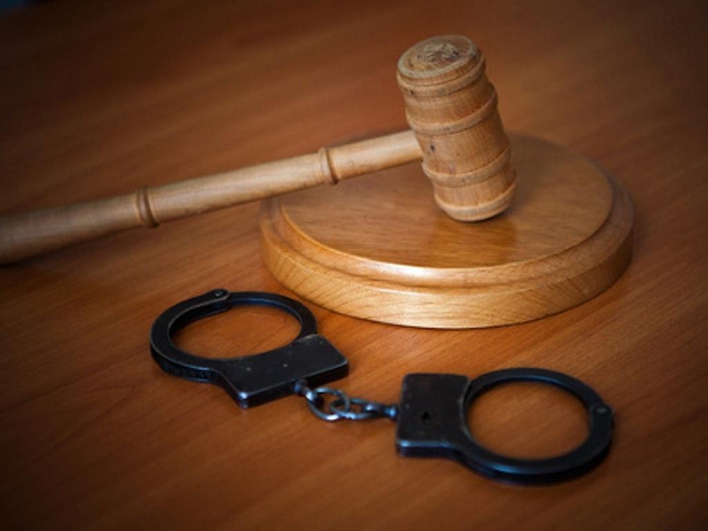 Фельдшер получила два года условно за 3,6 тысячи рублей