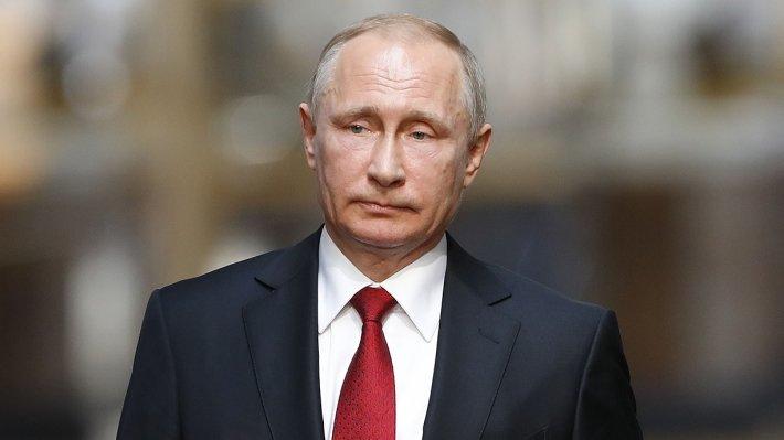 Владимир Путин поручил установить ответственность за нападения на медиков
