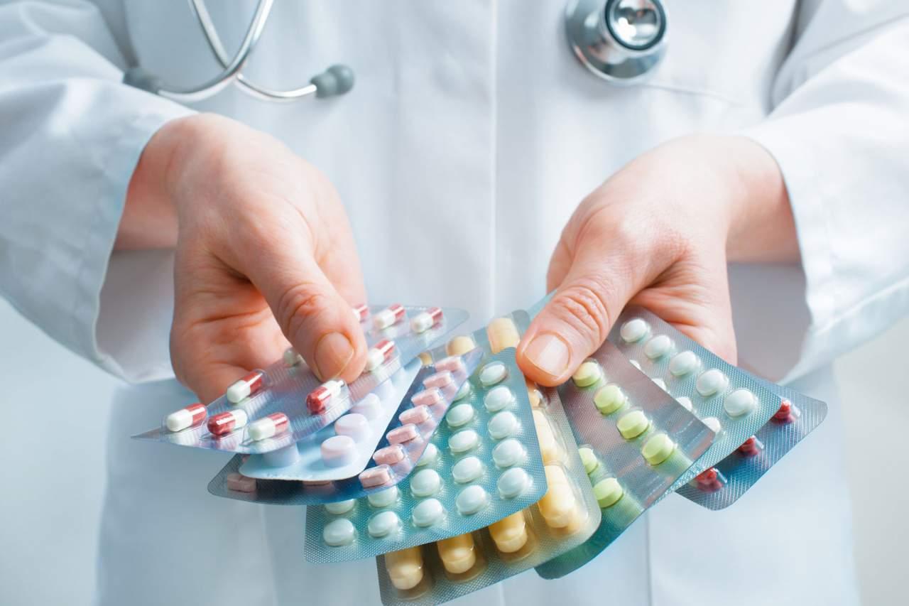 Из законопроекта о контрсанкциях уберут упоминание о лекарствах