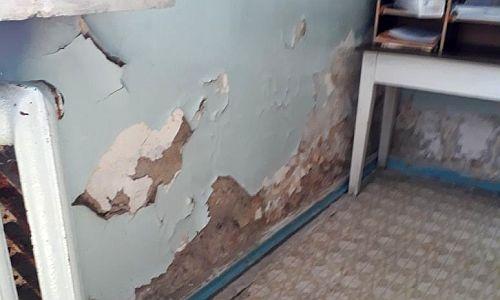 Амурчани об амбулатории в посёлке Дипкун: Грибок, холод и ни одного врача