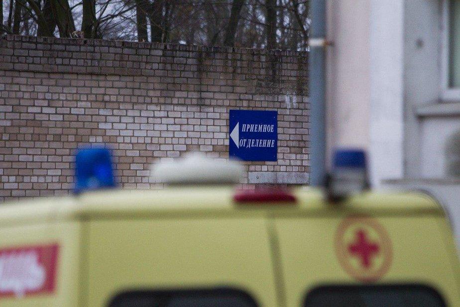В Калининграде пьяный напал на фельдшера, не давшую выпрыгнуть ему на ходу