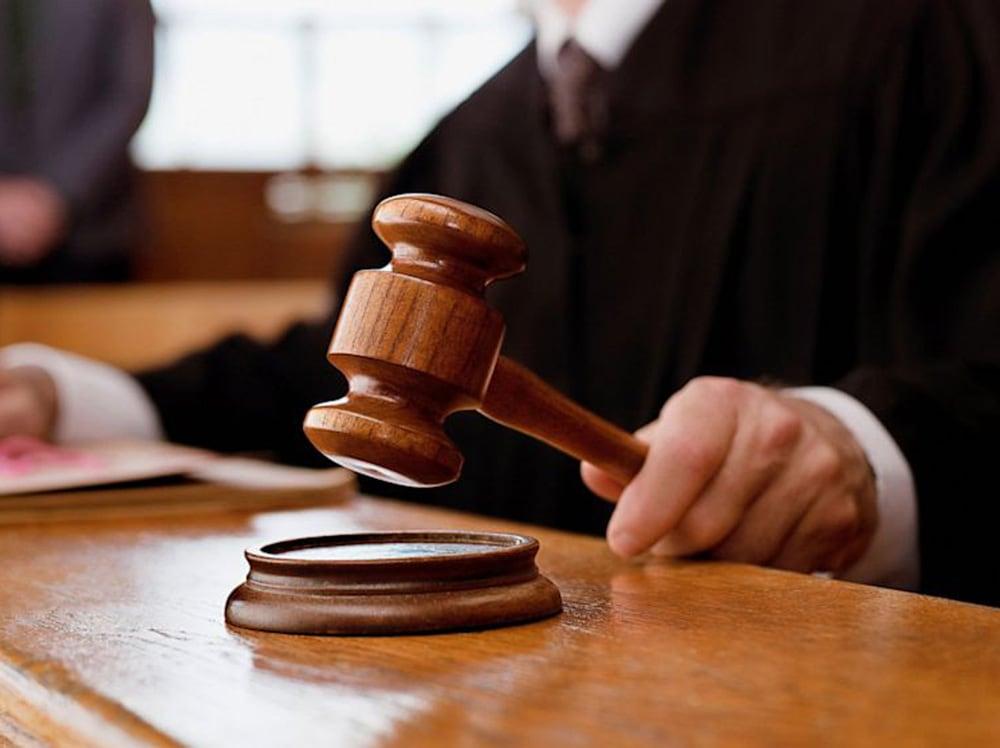Петербуржцу присудили полгода испытательных работ за избиение фельдшера