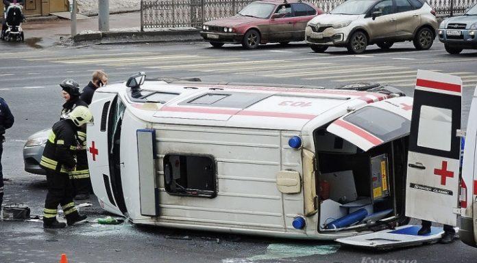 В Курске водителю скорой на год ограничили свободу за ДТП с пострадавшим медиком