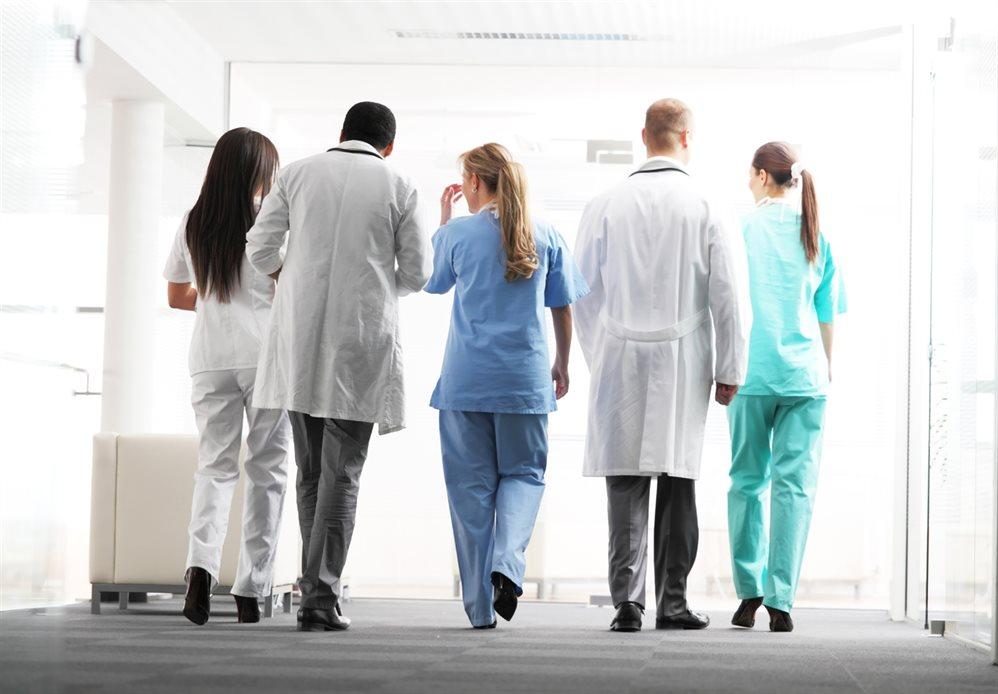 Целевой набор, миллион, курсы по этике: как в Ульяновской области устраняют дефицит врачей