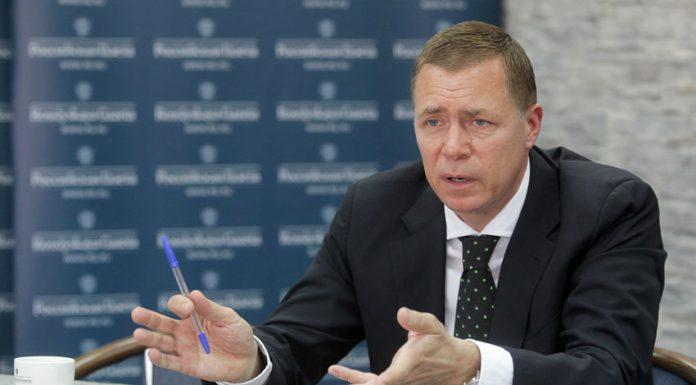 Врач-офтальмолог Михаил Коновалов