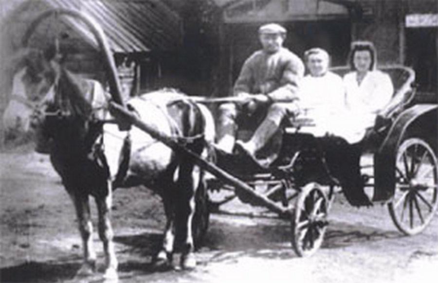 История красноярской скорой в фото: «К пациентам на шустрых извозчиках»