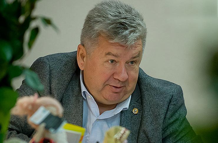 Главный онколог Челябинской области Андрей Важенин