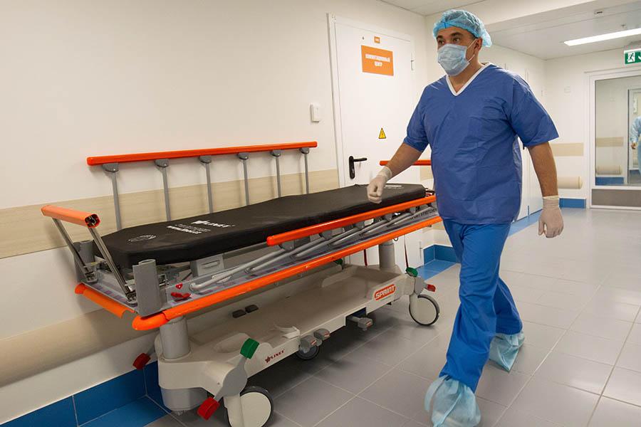 РБК: Майские указы Путина не могут выполнить большинство больниц