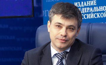 Председатель Комитета Госдумы по охране здоровья Дмитрий Морозов