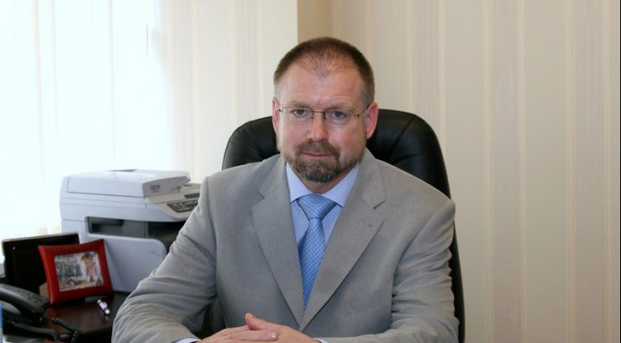Профессор, д. м. н. Дмитрий Дегтярев,
