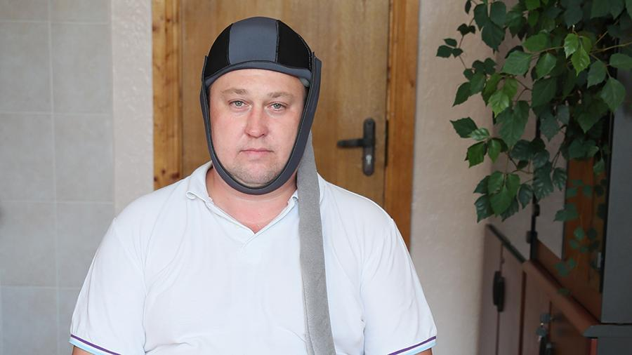 В России разработали охлаждающий шлем, который необходимо применять в первые часы после инсульта или черепно-мозговой травмы, передают Известия. Он должен снизить смертность пациентов почти вдвое.