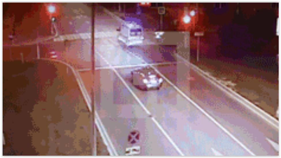 В Москве при ДТП перевернулась скорая: пострадали трое