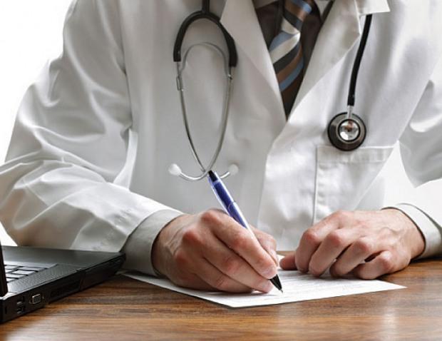 В Ростовской области врача и медсестру оштрафовали за приписки