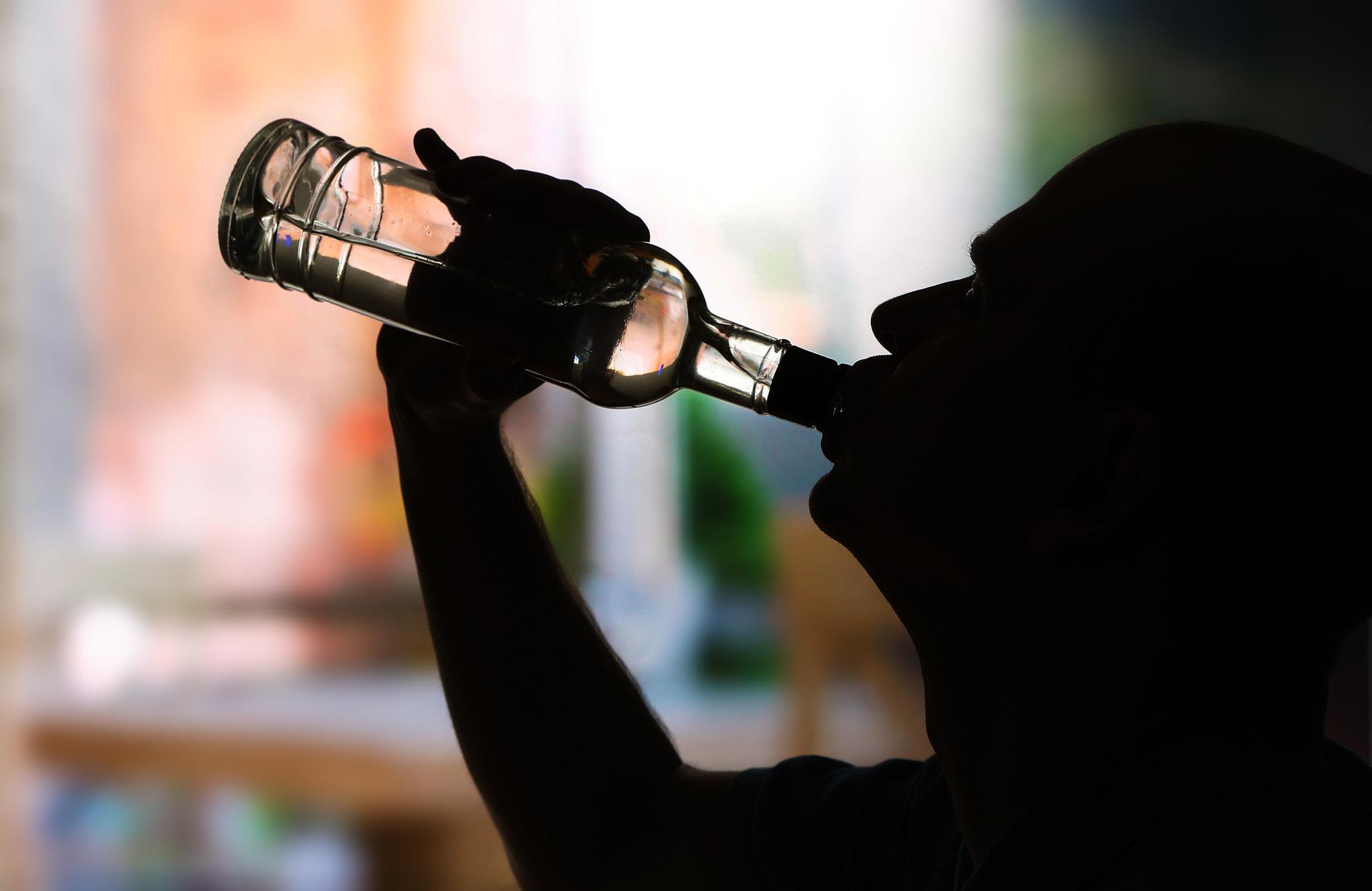 Количество верящих в безвредность алкоголя россиян возросло в 2,5 раза