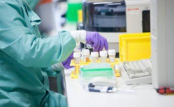 Доброволец о клинических исследованиях: Мне давали страховку в 2 млн руб. на случай смерти