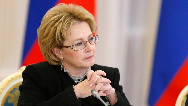 Минздрав пообещал рассмотреть инициативу введения «сухого закона»