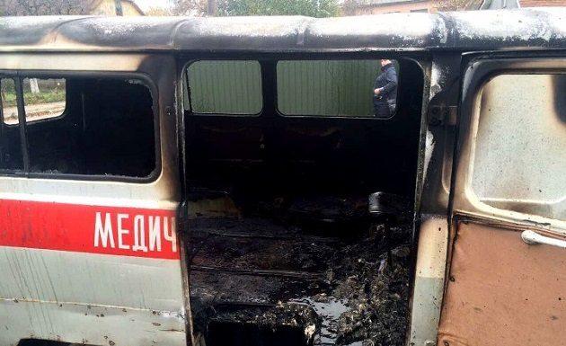 В Новгородской области произошло смертельное ДТП: «скорая» сгорела дотла