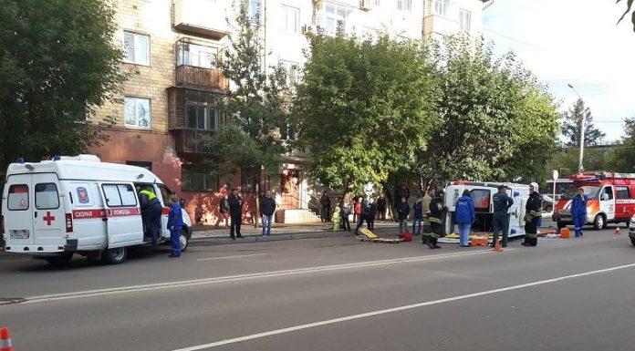 В Красноярске перевернулась машина «скорой», перевозившая пациента с инфарктом