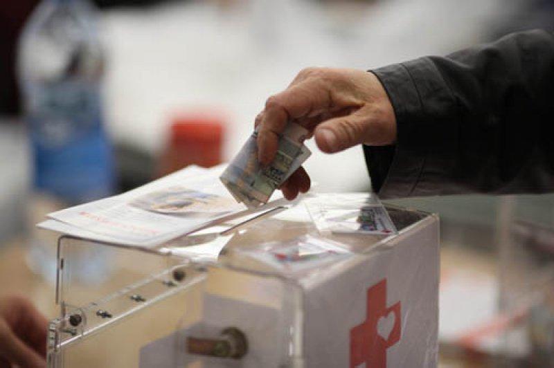 «У россиян сформировалось стойкое недоверие к власти и ее институтам, поэтому они собирают деньги на лечение за границей»