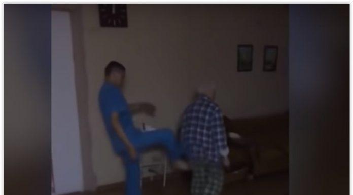 Челябинский Минздрав хочет найти крайних в администрации психбольницы за видео с санитарами