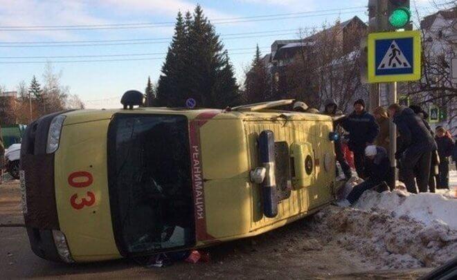 Верховный суд Татарстана оправдал попавшего в ДТП водителя «скорой»