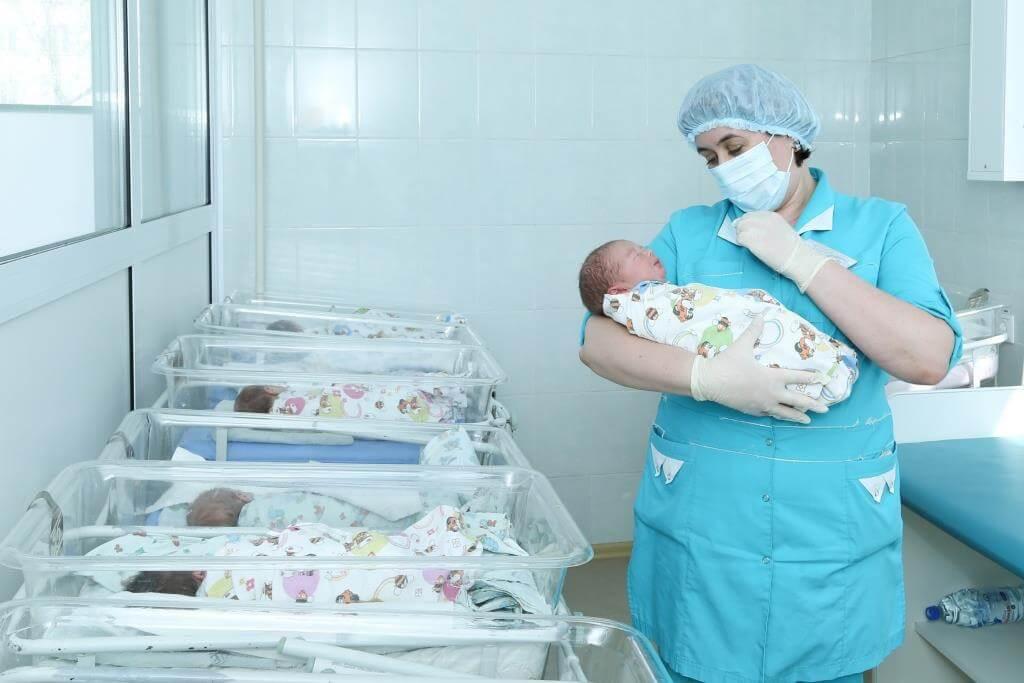 В Южно-Сахалинске врачи пытаются спасти роддом от реорганизации