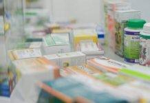 «Производителям сложно поставлять лекарства из перечня ЖНВЛП по жёстким закупочным ценам»