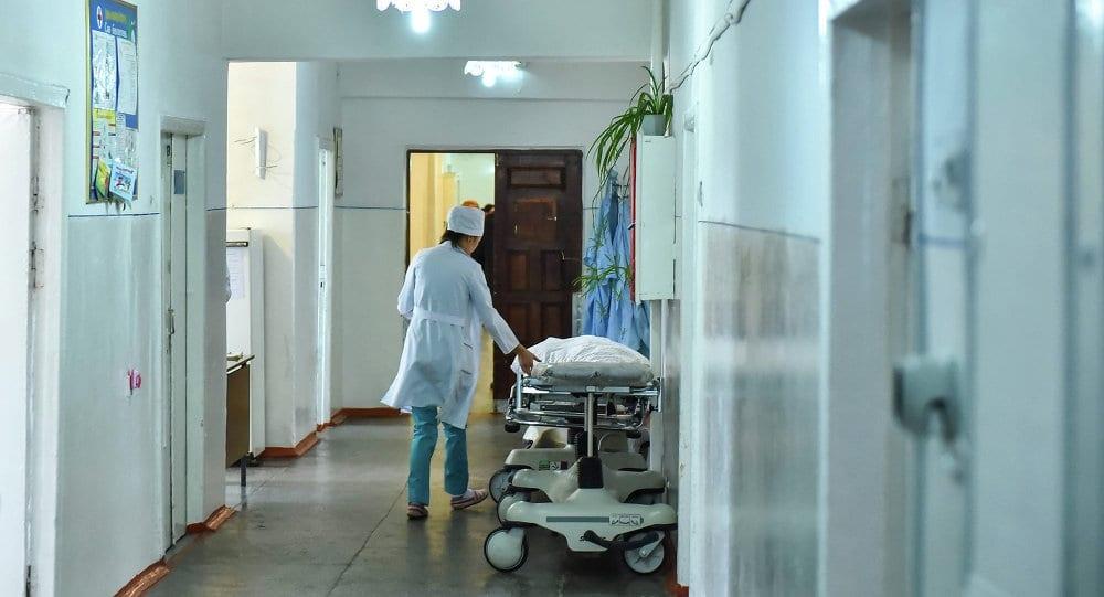 Опрос: 25% врачей получали приказы навязывать платные услуги