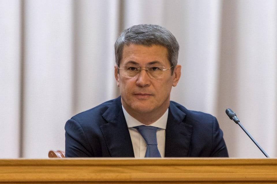 Глава Башкирии предложил закрыть дефицит медработников, оплачивая обучение небогатым студентам