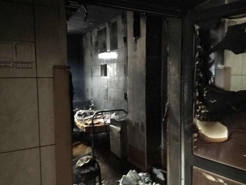 При пожаре в Новосибирской больнице погиб пациент