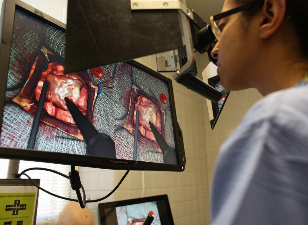 На Ставрополье разработали голографический симулятор для подготовки кардиохирургов к операциям