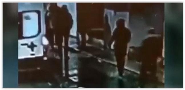 В Санкт-Петербурге избили фельдшера: у медика черепно-мозговая травма