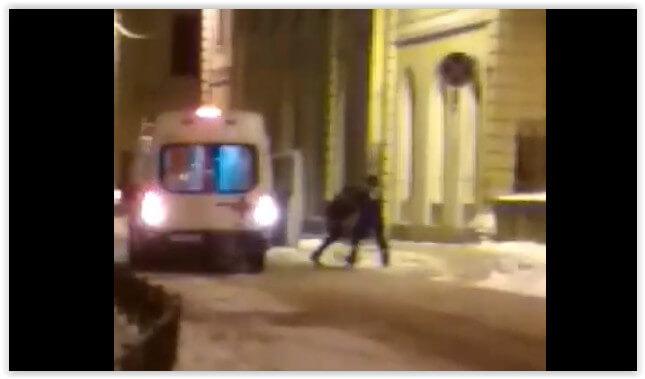 Пьяный петербуржец напал на медиков «скорой»