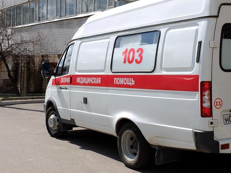 «Почти откусили палец, нападали с ножом, приставали»: медики «скорой» рассказали о нападениях на работе