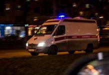 Во Владивостоке машину «скорой» забросали камнями и разбили лобовое стекло