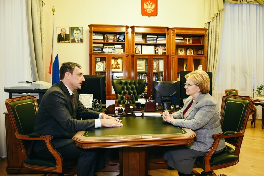 Минздрав РФ намерен помочь в лечении онкобольных детей с гепатитом С