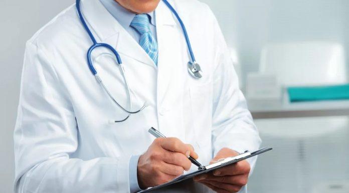 20 лет назад одним из направлений развития российской медицины стала разработка клинических рекомендаций, то есть документов, на научных основаниях предписывающих правильное ведение больного. Программу работ назвали «стандартизацией», учредили лабораторию