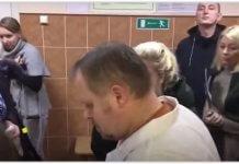 Мурманская прокуратура проверяет поликлинику, где пациенты набросились на врача