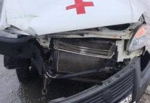 В Светогорске «скорая» с пациентом при обгоне столкнулась с трактором