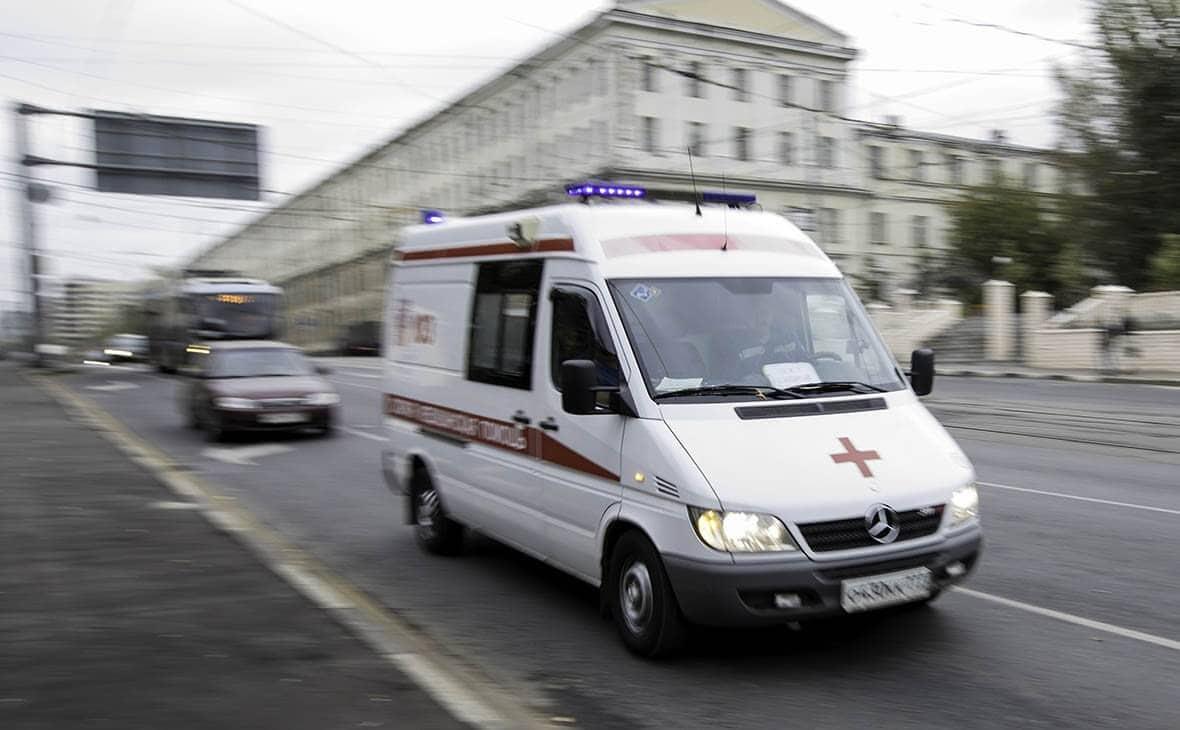 В Санкт-Петербурге муж пациентки избил врача «скорой»
