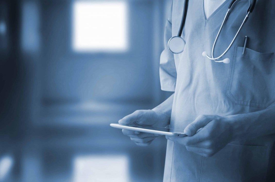 «Больницы нужно поощрять за качественную работу по ОМС, а не штрафовать за неверно заполненные документы»