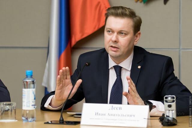 Томский замгубернатора: Новым медработникам зарплату будет выплачивать ФОМС