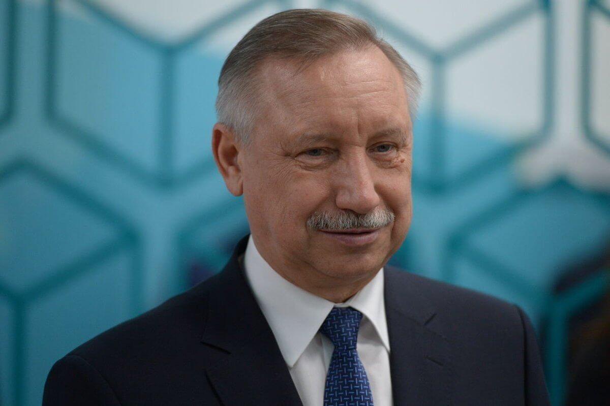 Беглов: Средняя зарплата петербургских врачей должна вырасти до 100 тыс. рублей