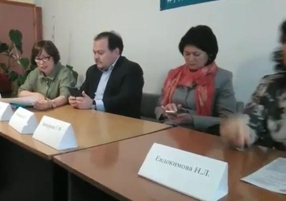Директор роддома в Башкирии сочла провокацией смех врачей над докладом о зарплатах