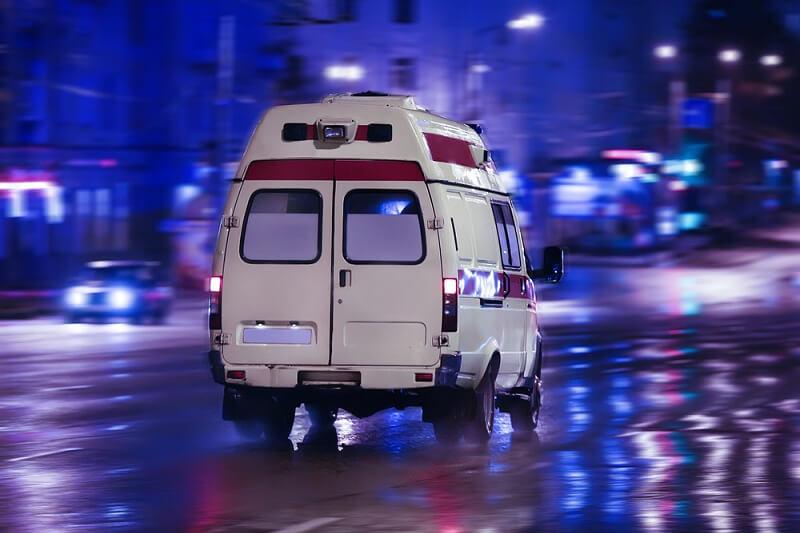 Москвич с пистолетом напал на бригаду скорой помощи