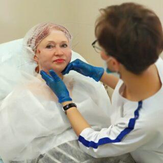 Специалисты московской клиники Роял Медик рассказали про нитевой лифтинг